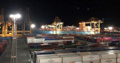 El servicio Maersk Bossanova hace su primera escala en APM Terminals Barcelona