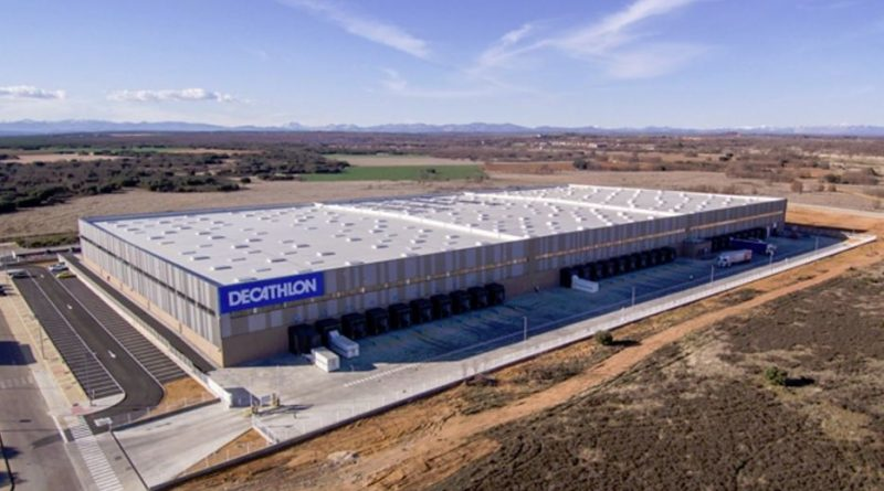 Decathlon inaugura un nuevo centro logístico en León y crea más de 180 empleos locales