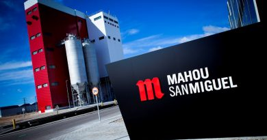 Mahou San Miguel reúne en su fábrica de Alovera a 19 grandes empresas para analizar los retos de la excelencia logística