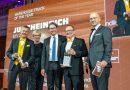 La ETV 216i gana el premio IFOY en la categoría carretillas de almacén