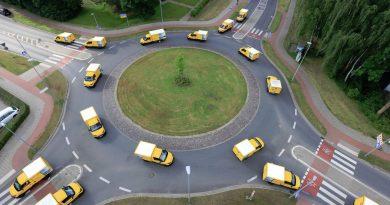 DHL alcanza los 10.000 StreetScooters de reparto en Alemania, para proteger el Medio Ambiente