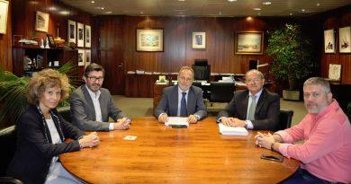 Puertos del Estado y Melilla analizan la situación del puerto y sus posibles soluciones