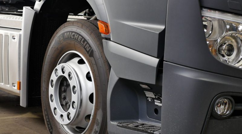 """Michelin extiende su oferta de neumáticos para camiones con eficiencia de grado """"A"""""""
