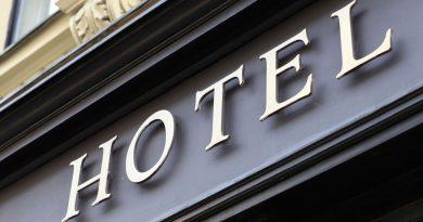 Relación de hoteles abiertos que ofrecen alojamiento y comida a los transportistas