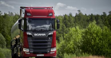 Scania lanza la dirección asistida eléctrica en sus camiones |  Novologistica.com