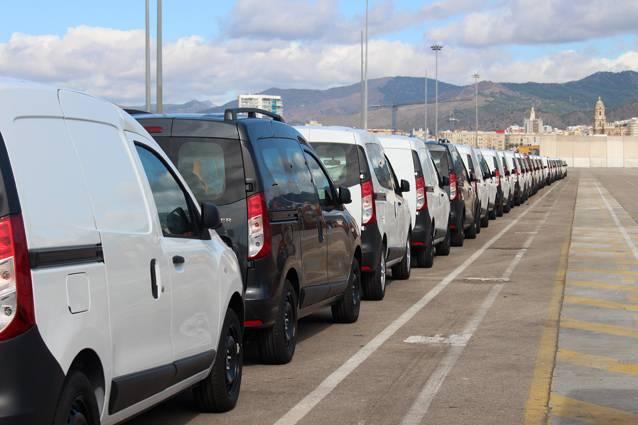 El Puerto de Málaga recupera el tráfico de importación de vehículos