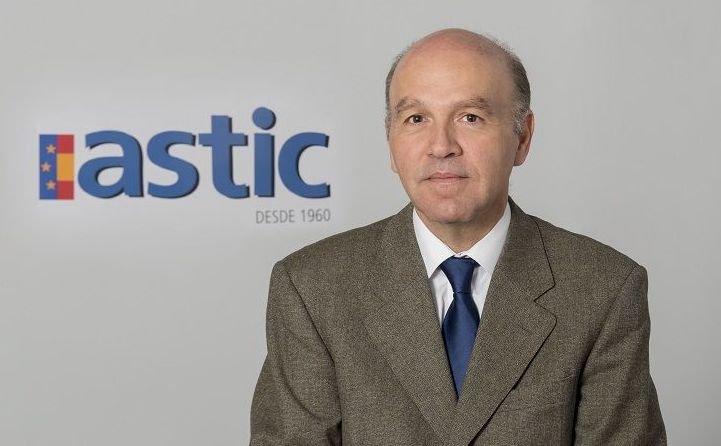 Antonio Pérez Millán, reelegido presidente de UOTC